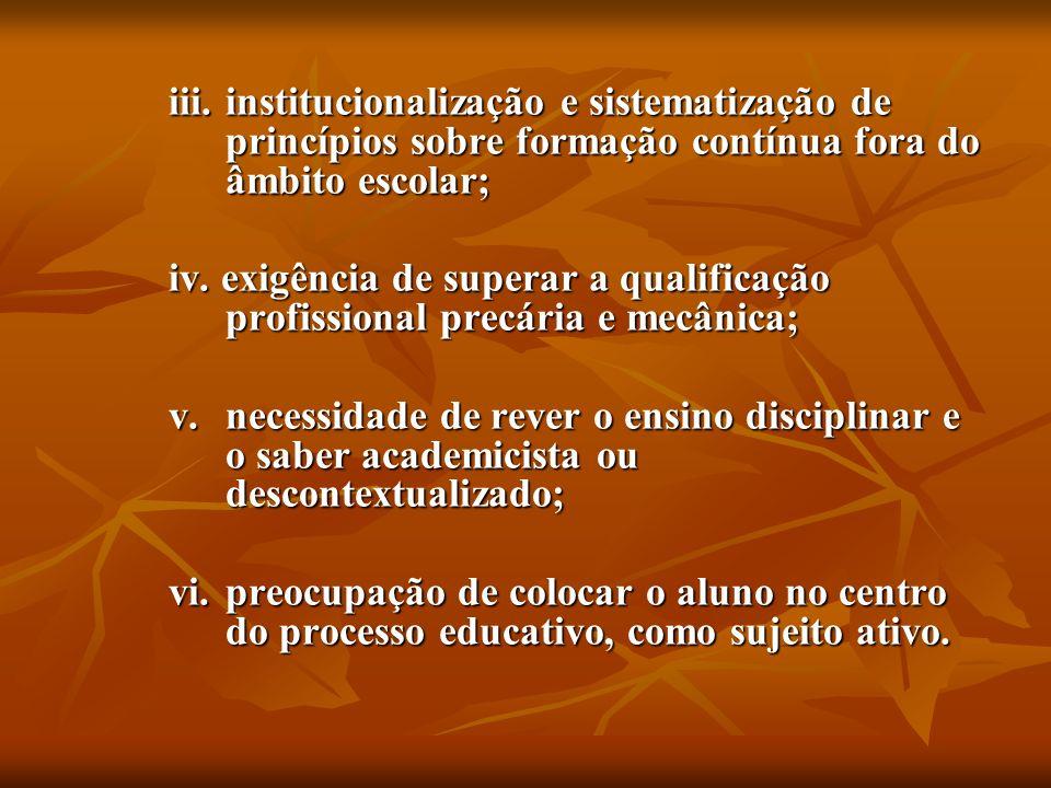 c) AS COMPETÊNCIAS DO ENEM E DO ENCCEJA NA PERSPECTIVA DAS AÇÕES OU OPERAÇÕES DO SUJEITO I – Dominar a norma culta da Língua Portuguesa e fazer uso das linguagens matemática, artística e científica.