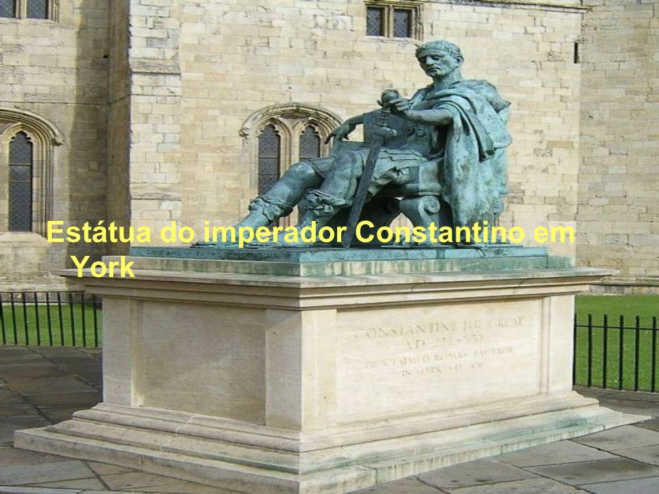 Estátua do imperador Constantino em York