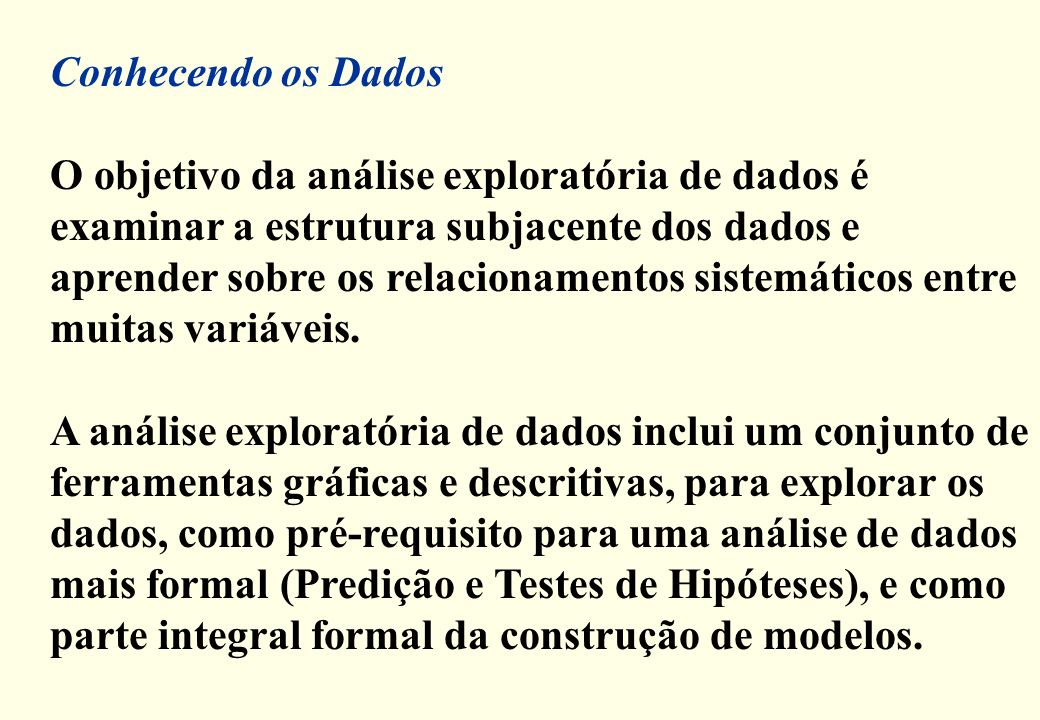 Q i = 2,5Q s = 7,5 Exercício: Cálculo dos quartis E i = 0 M d = 5 0 1 2 3 45 6 7 8 9 100 E s = 100