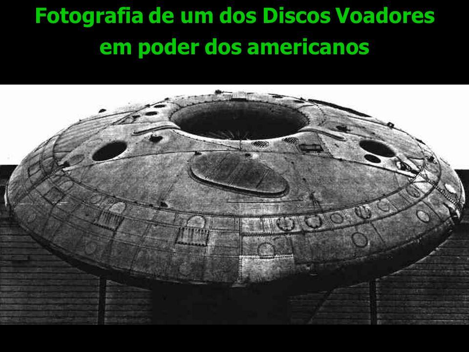 Fotografia de um dos Discos Voadores em poder dos americanos