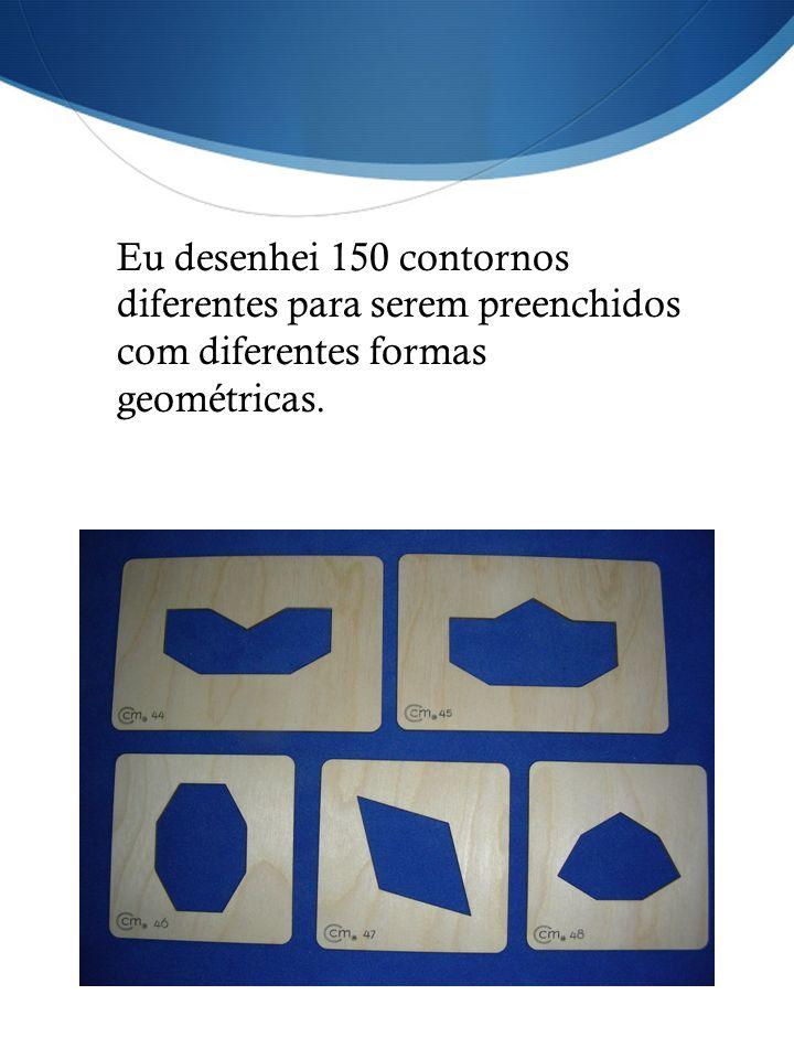 Eu desenhei 150 contornos diferentes para serem preenchidos com diferentes formas geométricas.
