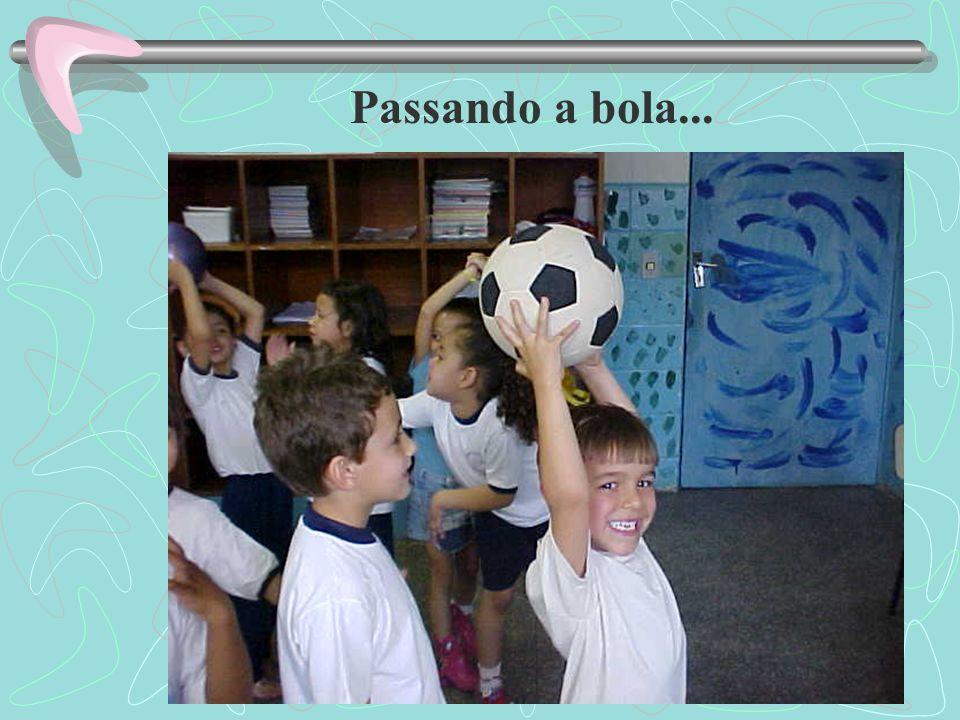 Passando a bola...
