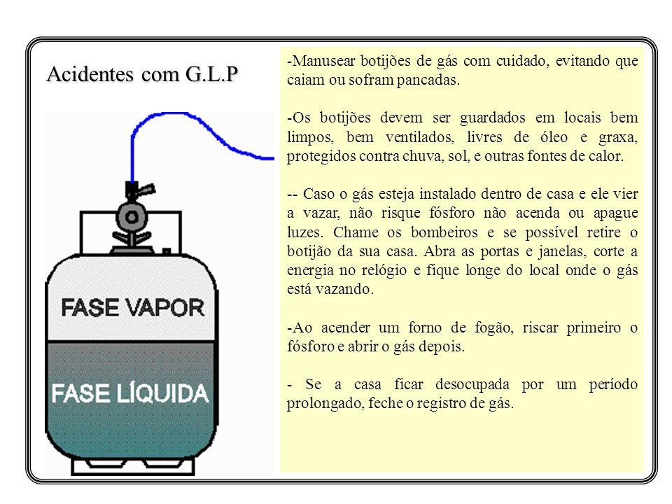 -Manusear botijões de gás com cuidado, evitando que caiam ou sofram pancadas. -Os botijões devem ser guardados em locais bem limpos, bem ventilados, l
