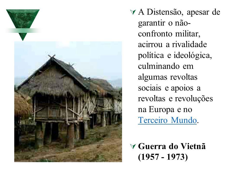 A Distensão, apesar de garantir o não- confronto militar, acirrou a rivalidade política e ideológica, culminando em algumas revoltas sociais e apoios
