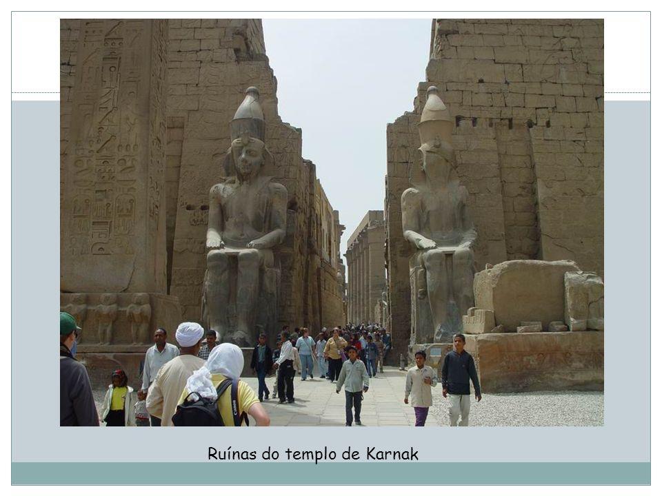Ruínas do templo de Karnak