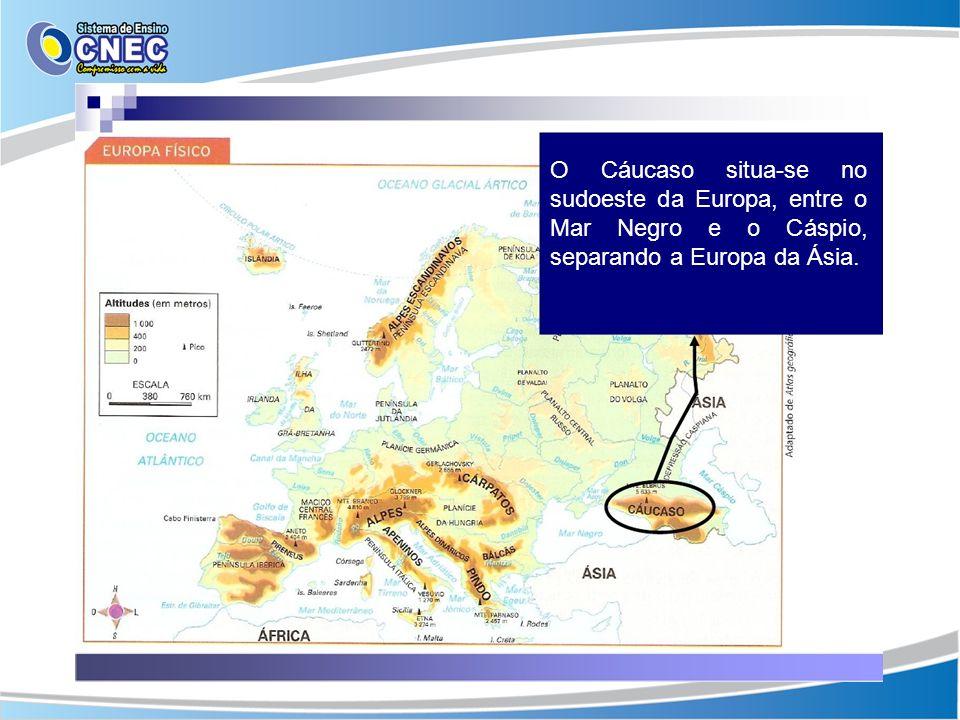 O Cáucaso situa-se no sudoeste da Europa, entre o Mar Negro e o Cáspio, separando a Europa da Ásia.