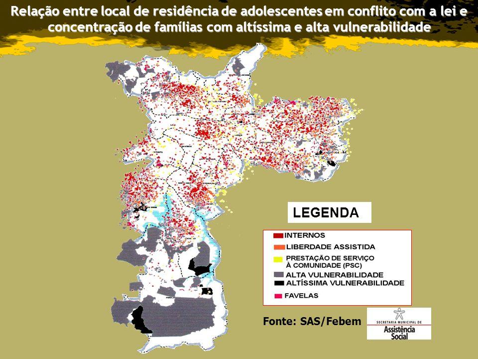 Relação entre local de residência de adolescentes em conflito com a lei e concentração de famílias com altíssima e alta vulnerabilidade LEGENDA Fonte: