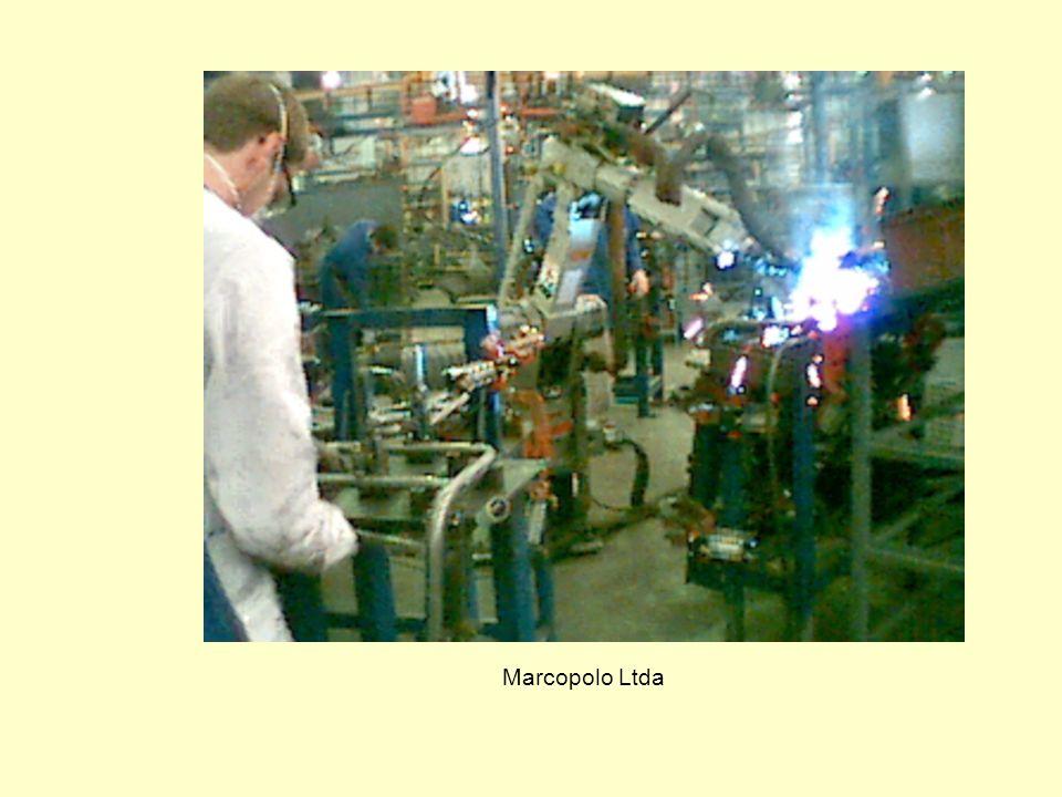 Algumas Aplicações Industriais de Robôs Scania Latin America Ltda