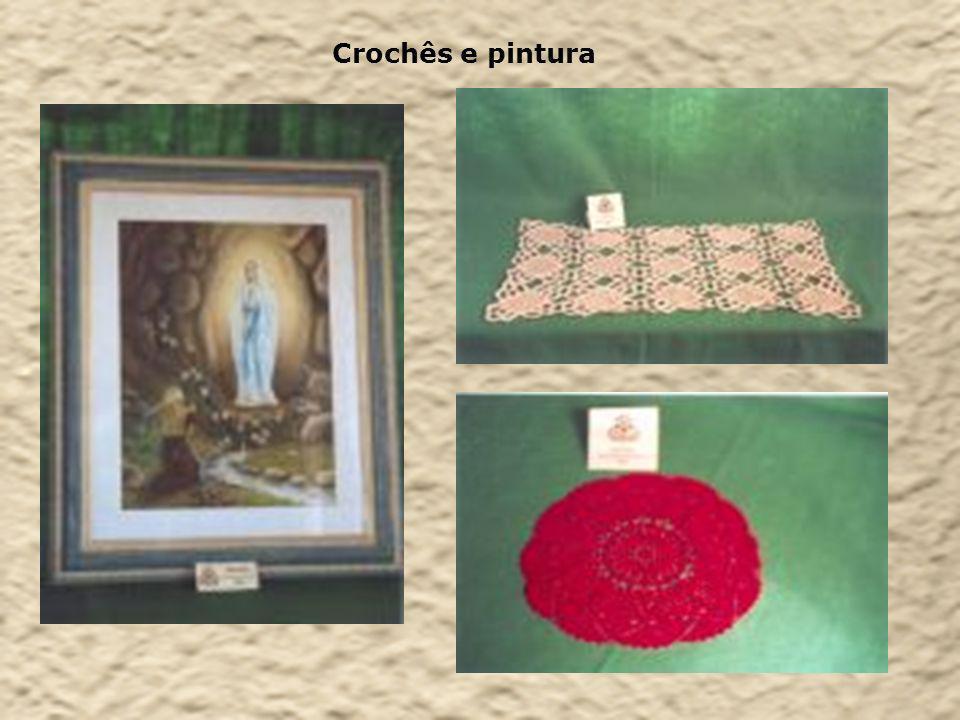 Crochês e pintura