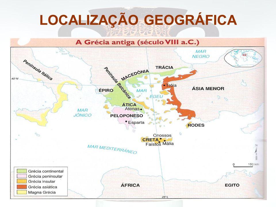 ATENAS Conhecida como a cidade exemplar da Grécia Antiga, por sua cultura e prosperidade econômica, Atenas, se desenvolveu na Ática, região cercada de montanhas.