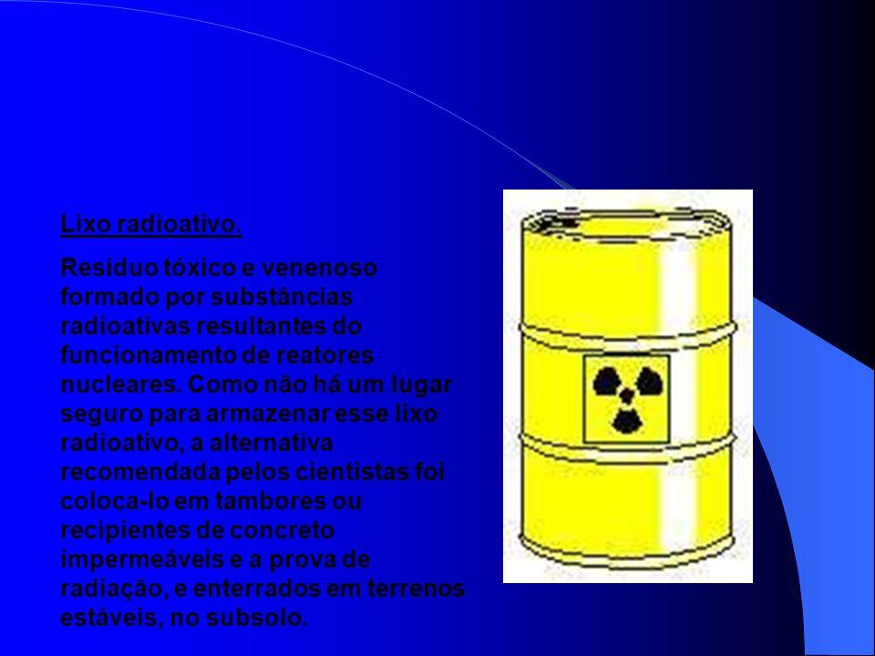 Lixo espacial. Restos provenientes dos objetos lançados pelo homem no espaço, que circulam ao redor da Terra com a velocidade de cerca de 28 mil quilô