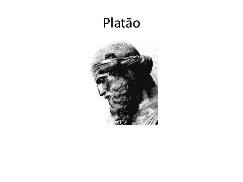 É filho de uma nobre família ateniense e seu nome verdadeiro é Arístocles.