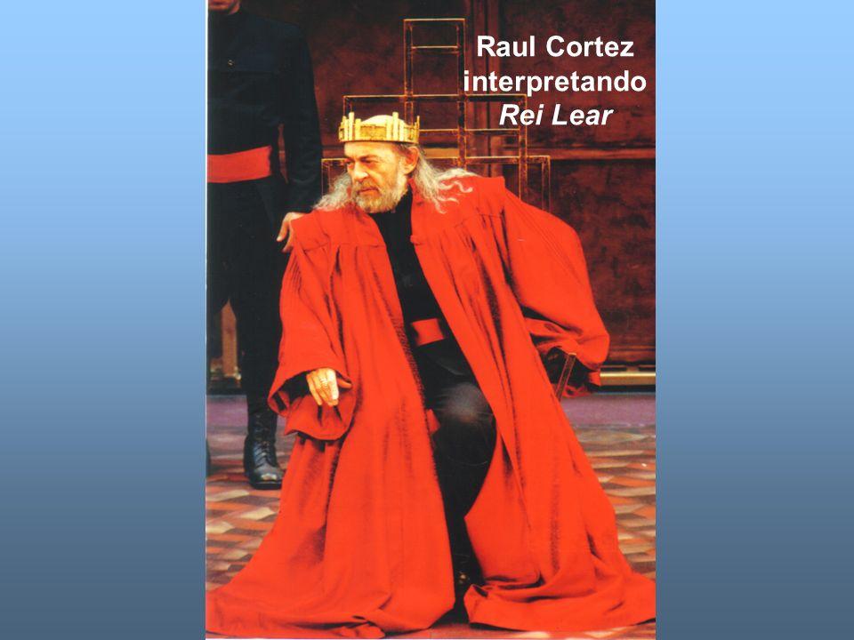 Raul Cortez interpretando Rei Lear