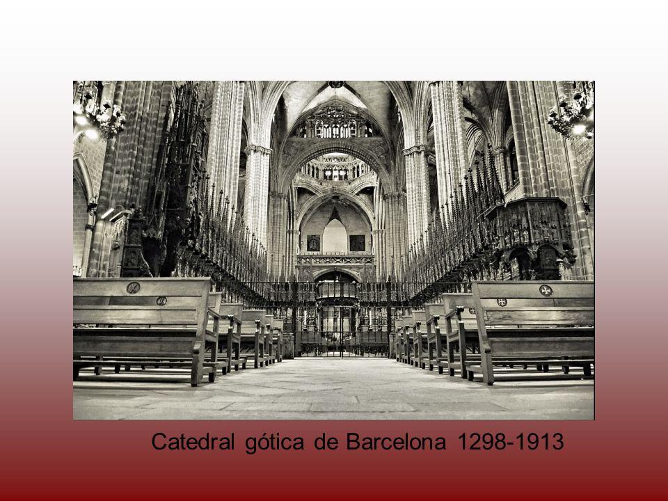 Catedral gótica de Barcelona 1298-1913