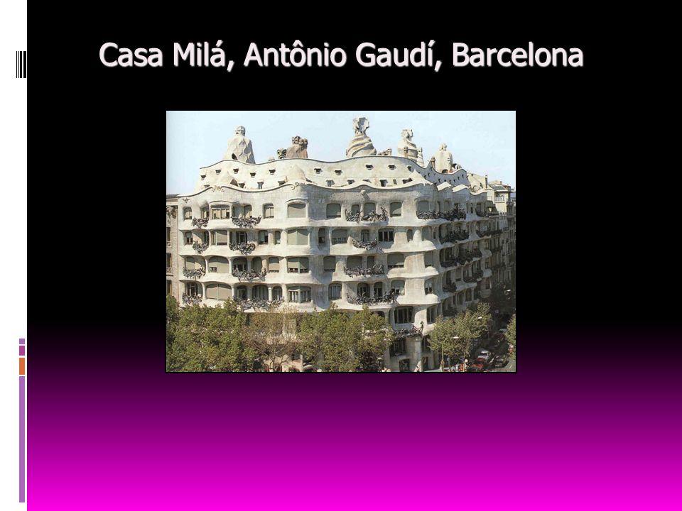Casa Milá, Antônio Gaudí, Barcelona