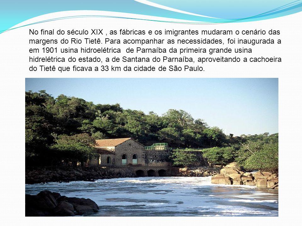 No final do século XIX, as fábricas e os imigrantes mudaram o cenário das margens do Rio Tietê. Para acompanhar as necessidades, foi inaugurada a em 1