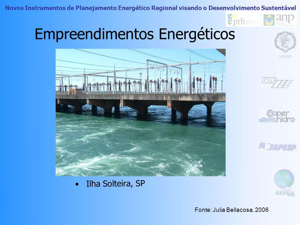 Novos Instrumentos de Planejamento Energético Regional visando o Desenvolvimento Sustentável ONGs e Movimentos Sociais As ONGs refletem a introdução d