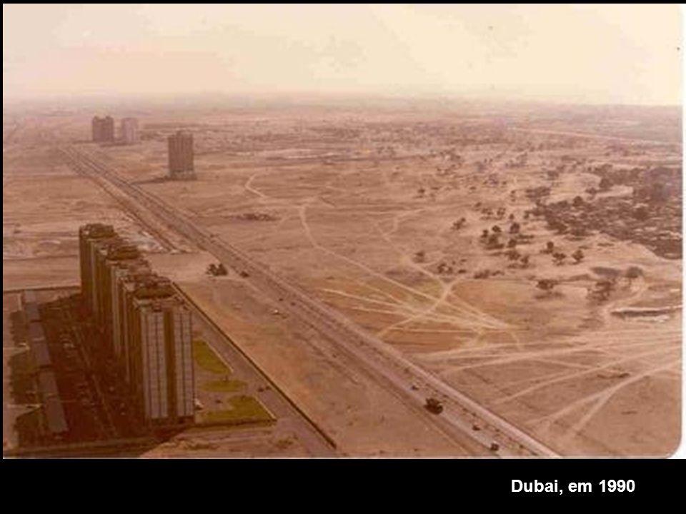 Dubai, em 1990