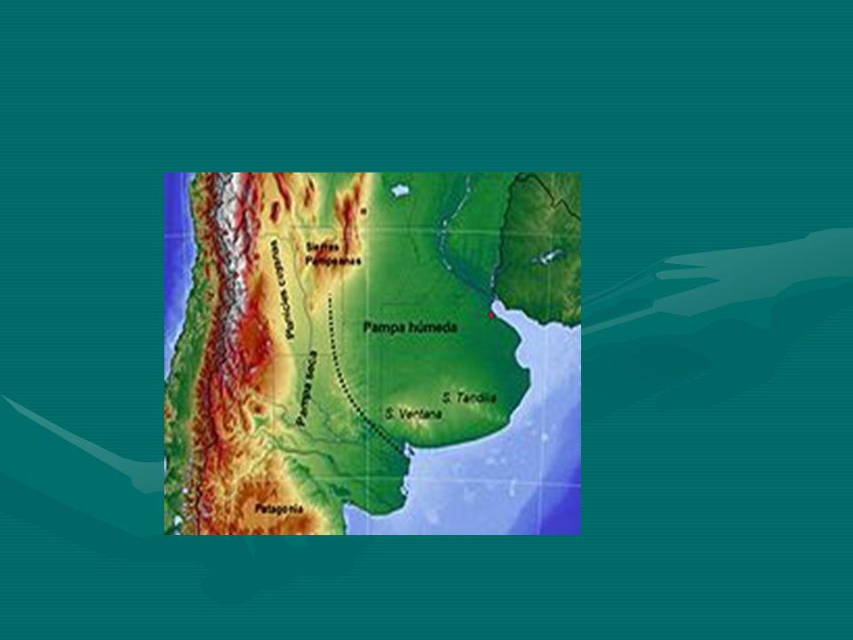 AMÉRICA PLATINA CLIMA E RELEVO VARIAM DE ACORDO COM CADA REGIÃO:CLIMA E RELEVO VARIAM DE ACORDO COM CADA REGIÃO: - OESTE – FRONTEIRA ARGENTINA E CHILE (CORDILHEIRA DOS ANDES);- OESTE – FRONTEIRA ARGENTINA E CHILE (CORDILHEIRA DOS ANDES); - LESTE – NAS PROXIMIDADES COM O BRASIL – PLANÍCIES- LESTE – NAS PROXIMIDADES COM O BRASIL – PLANÍCIES CLIMA – PREDOMINÂNCIA TROPICAL AO NORTE E TEMPERADA AO SUL;CLIMA – PREDOMINÂNCIA TROPICAL AO NORTE E TEMPERADA AO SUL; POPULAÇÃO – APROXIMADAMENTE 50 MILHÕES DE HABITANTES; MAIORIA DA POPULAÇÃO, ESPECIALMENTE ARGENTINA E URUGUAI, É BRANCA E DE ORIGEM EUROPEIA – ESPANHOIS E ITALIANOS E O PARAGUAI COM MAIORIA DE MESTIÇOS E AMERÍNDIOS.POPULAÇÃO – APROXIMADAMENTE 50 MILHÕES DE HABITANTES; MAIORIA DA POPULAÇÃO, ESPECIALMENTE ARGENTINA E URUGUAI, É BRANCA E DE ORIGEM EUROPEIA – ESPANHOIS E ITALIANOS E O PARAGUAI COM MAIORIA DE MESTIÇOS E AMERÍNDIOS.