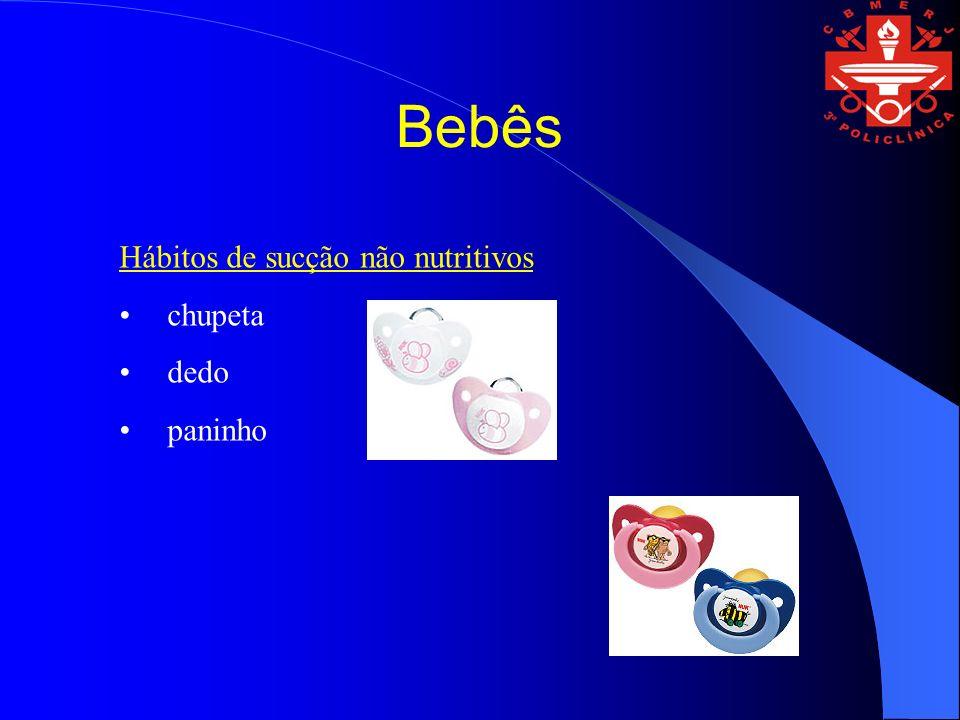 Hábitos de sucção não nutritivos chupeta dedo paninho