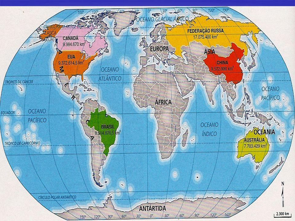 América Latina Características: Características: - Predomínio da Língua espanhola e da Língua Portuguesa; - Predomínio da Língua espanhola e da Língua Portuguesa; - População majoritariamente católica; - População majoritariamente católica; - movimentos de redemocratização na década de 1980; - movimentos de redemocratização na década de 1980; - Populações extremamente pobre nas periferias das grandes cidades e em zonas rurais; - Populações extremamente pobre nas periferias das grandes cidades e em zonas rurais; - Ausência do Estado, poder público na parte assistencial das populações carentes - Ausência do Estado, poder público na parte assistencial das populações carentes