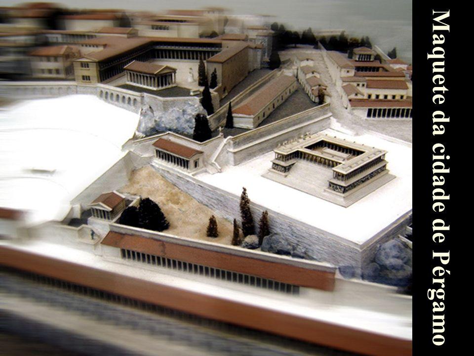 6 Maquete da cidade de Pérgamo