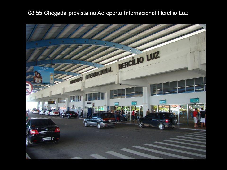 08:55 Chegada prevista no Aeroporto Internacional Hercílio Luz