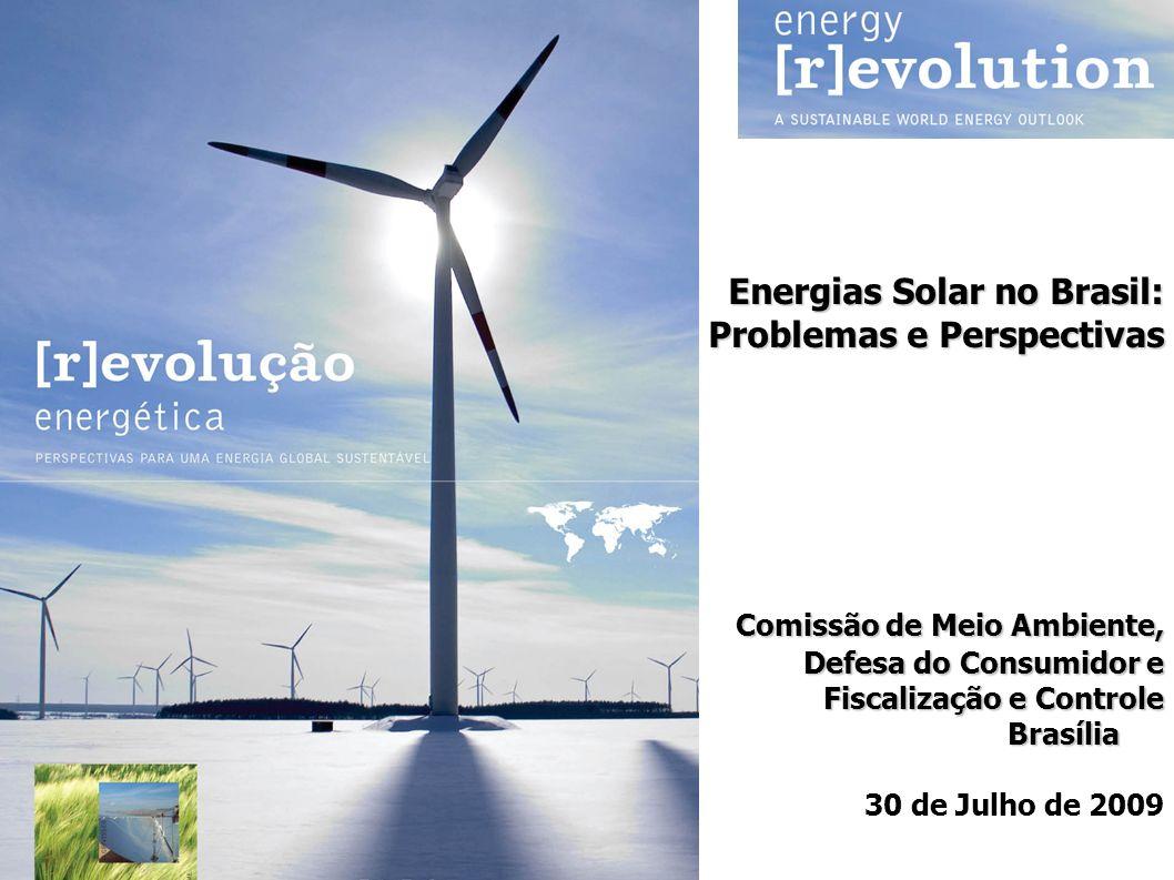Capacidade entre 50 e 280 MW Maiores fatores de capacidade Possibilidade de gerar energia de base Custo inferior aos painéis fotovoltaicos Grande potencial em regiões áridas e semi-áridas de radiação solar direta Potencial de atender a 7% da energia do mundo até 2030; pode superar capacidade instalada de painéis em 10 anos Capacidade Instalada Mundial: 436 MW (2008) Energia Solar Concentrada (CSP)