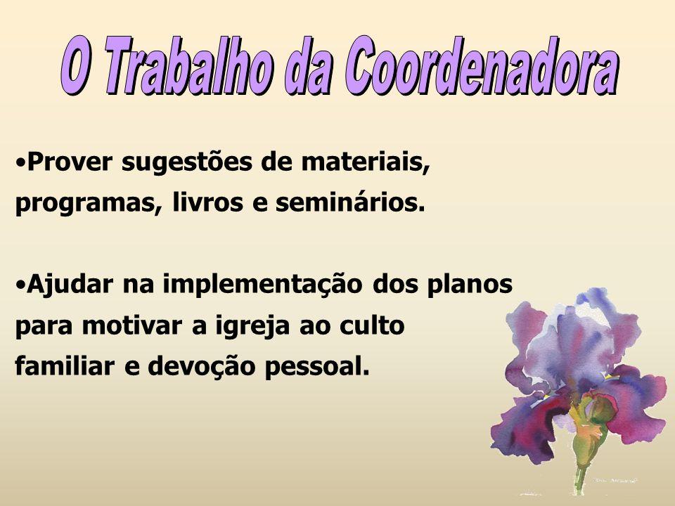 A secretária trabalha em comum acordo com a coordenadora, sendo um apoio para as atividades.