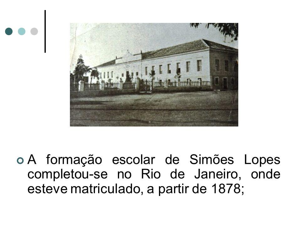 Envolveu –se em uma série de iniciativas de negócios, chegou a ser dono de uma fábrica de vidros e de uma destilaria, mas todos fracassaram; No dia 5 de maio de 1892 casou-se com Francisca de Paula Meireles Leite.