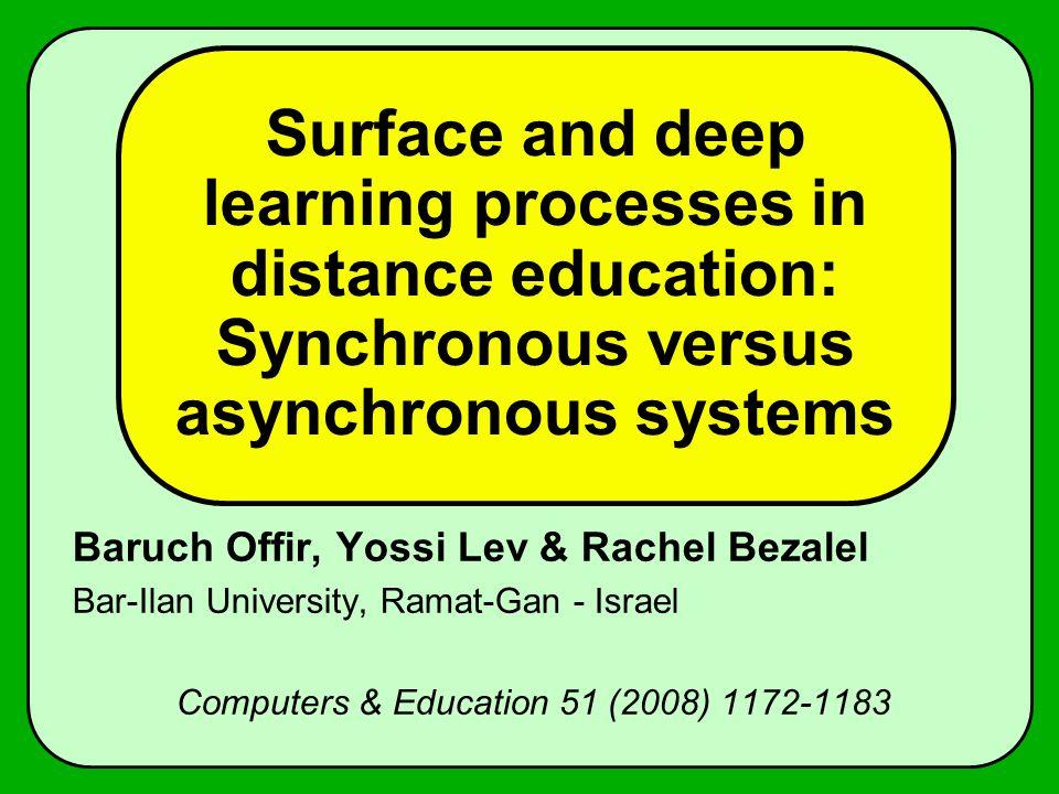 Abstract Ensino à distância é diferente de ensino regular em sala de aula.