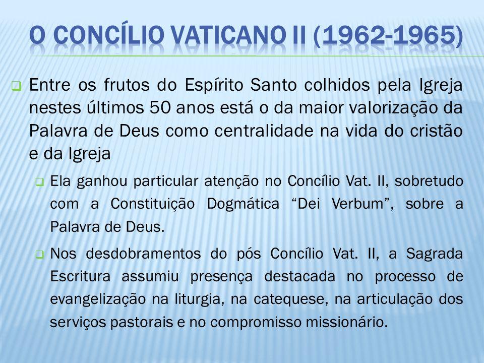 Entre os frutos do Espírito Santo colhidos pela Igreja nestes últimos 50 anos está o da maior valorização da Palavra de Deus como centralidade na vida