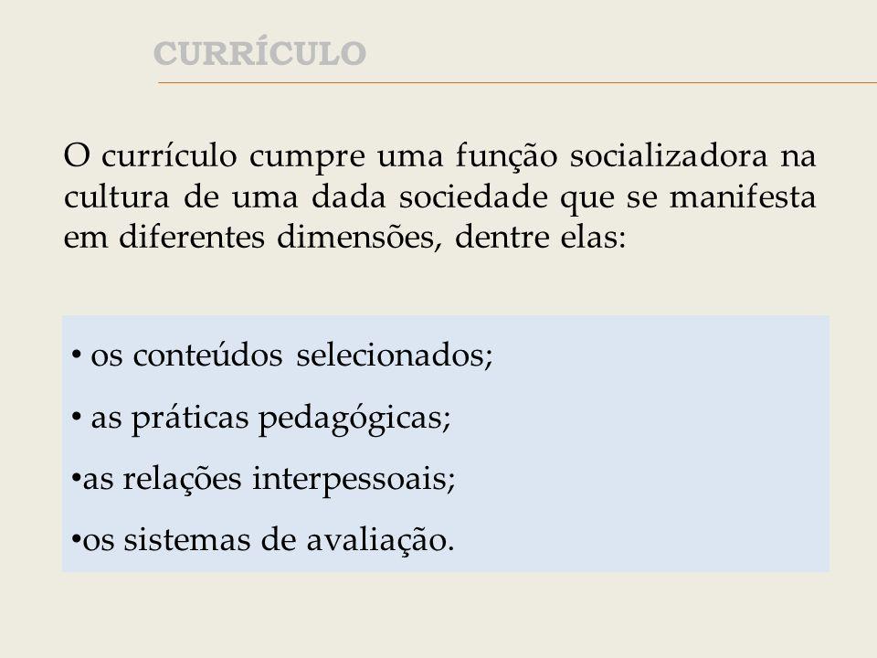 Todo sistema de educação é construído para a transmissão de determinados interesses e valores.