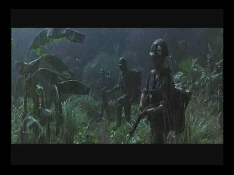 Foco da cena Contexto: Guerra do Vietnam -Regime de autoritarismo onde as ordens do superior devem ser sempre obedecidas; -O Tenente Dan descende de gerações que morreram em combate e nesta cena perde suas pernas em combate; -Forrest ignora a ordem e a vontade do Tenente em função de sua vida;