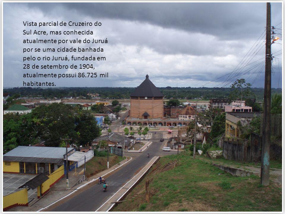 Vista parcial de Cruzeiro do Sul Acre, mas conhecida atualmente por vale do Juruá por se uma cidade banhada pelo o rio Juruá, fundada em 28 de setembr