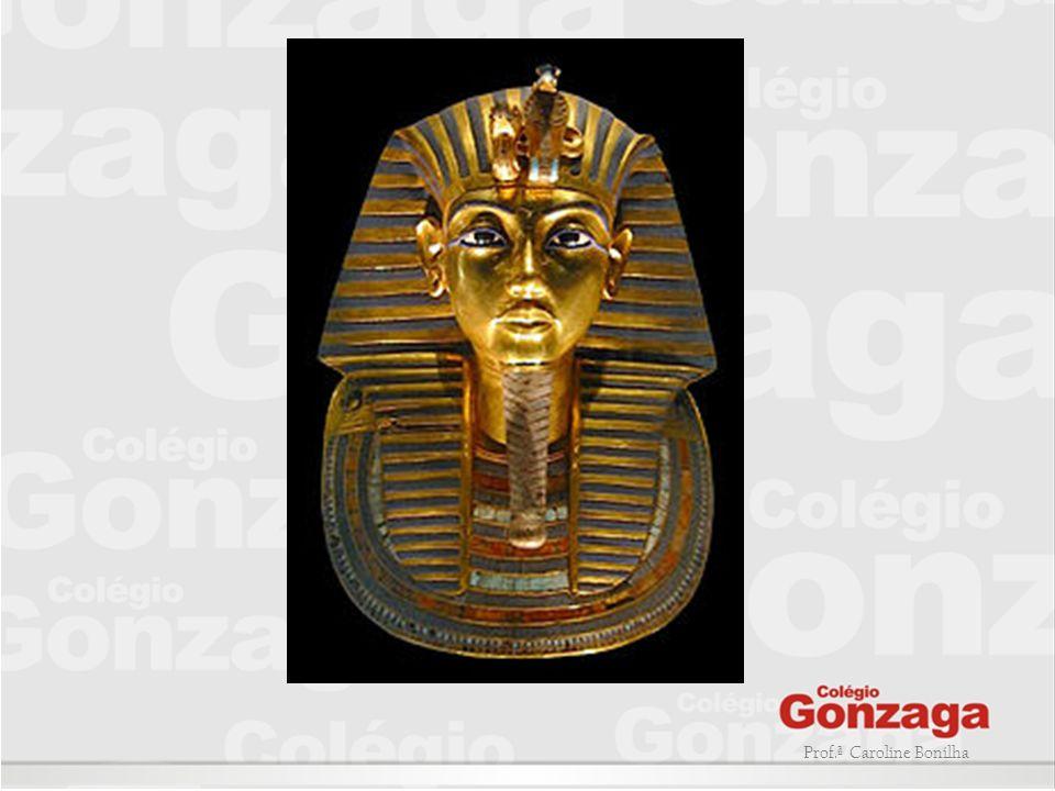 QUEM ERA O OU A FARAÓ : - Era considerado (a) um (a) ser divino e exercia completo domínio sobre seu povo; - A partir desse mundo retornava para junto dos deuses; NO QUE OS ANTIGOS EGIPCIOS ACREDITAVAM.