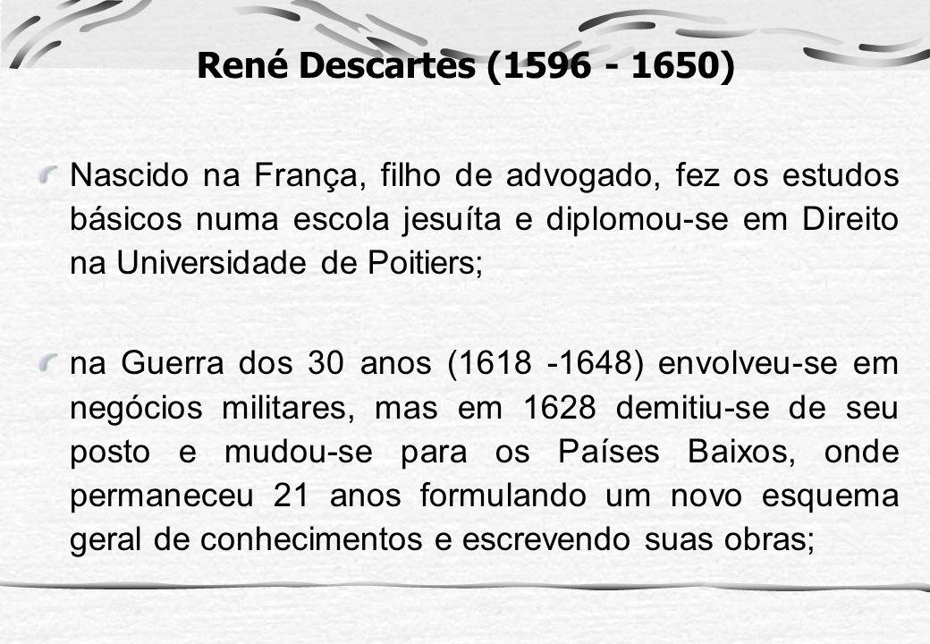 Nascido na França, filho de advogado, fez os estudos básicos numa escola jesuíta e diplomou-se em Direito na Universidade de Poitiers; na Guerra dos 3
