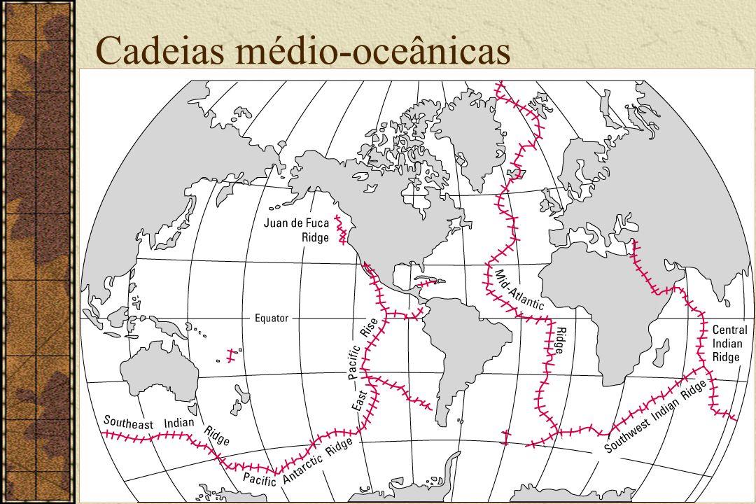 CDRC, Dezembro 2003 Tectônica de Placas 11 / 128 Islândia Vulcões ativos RiftesRiftes Anomalias no assoalho oceânicoAnomalias no assoalho oceânico Padrão zebrado Padrão zebrado Islândia