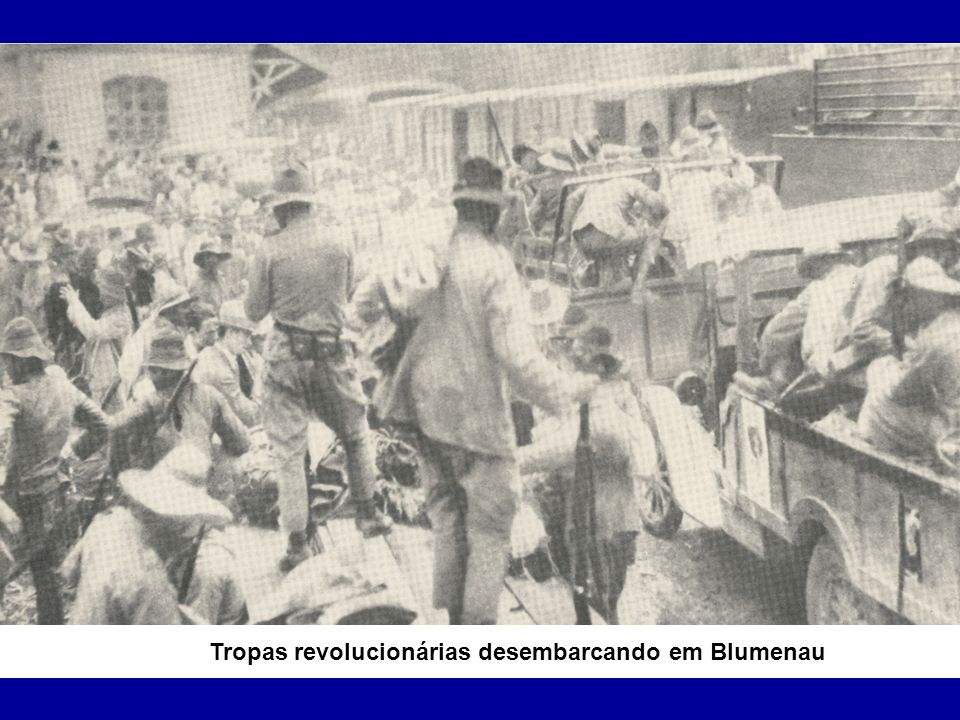 Tropas revolucionárias passando por Rio do Sul