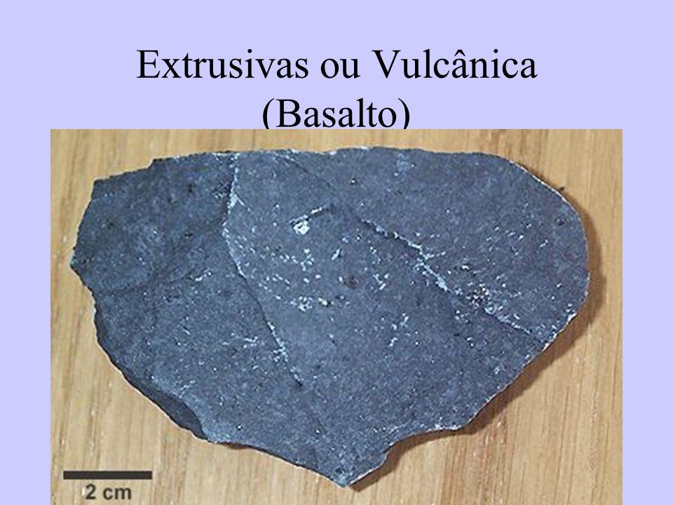 48 Extrusivas ou Vulcânica (Basalto)