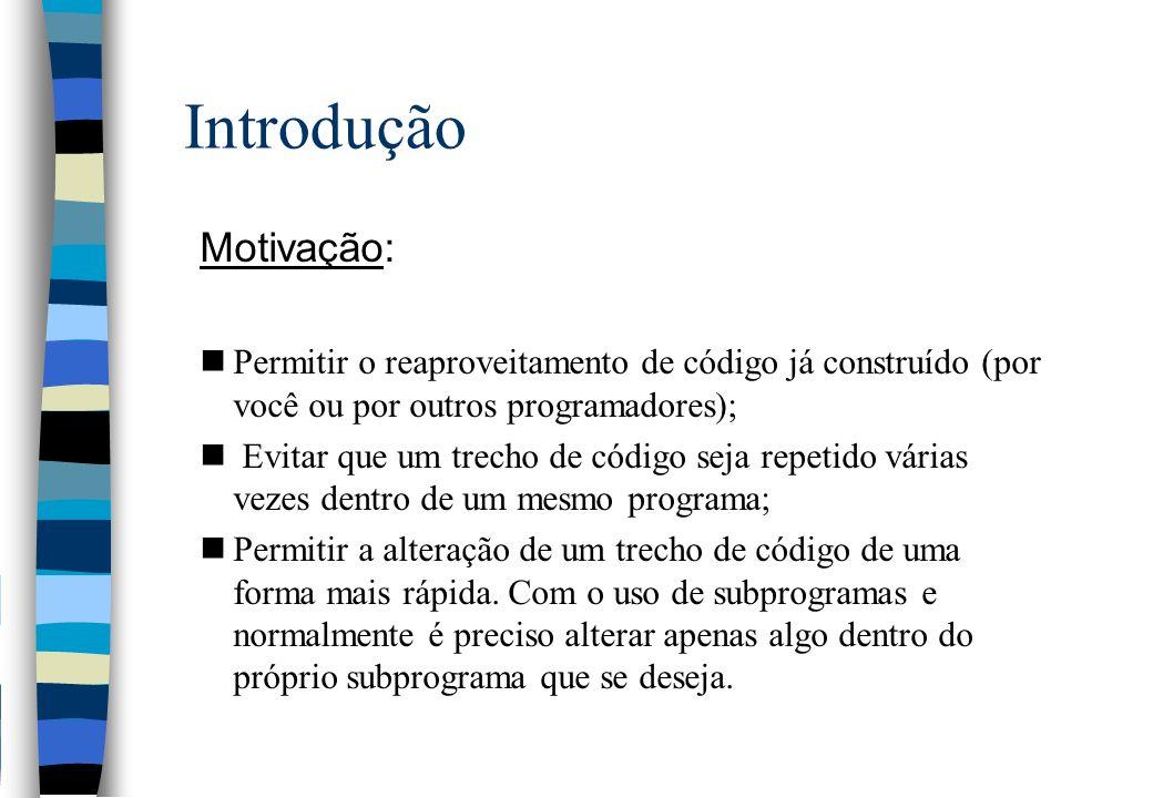 Funções – Parâmetros - struct Passando uma struct para uma FUNÇÃO: struct RgAluno { char nome[35]; float nota1; float nota2; } Aluno = {Flavio Marcello , 7.0, 8.0}; ImprimeDados (Aluno); void ImprimeDados (struct RgAluno ficha) { cout << \nNome do Aluno....: , ficha.nome; cout << \nNota 1o.