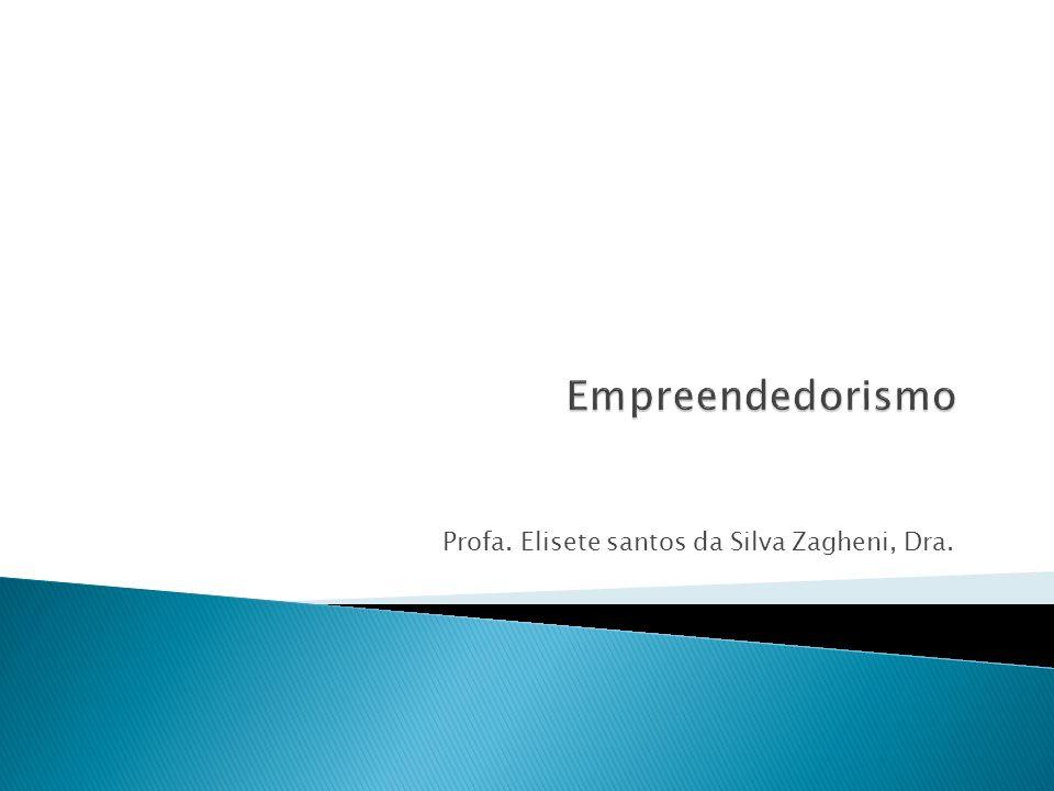 O empreendedor é aquele que percebe uma oportunidade e cria meios (nova empresa, área de negócio, etc.) para persegui-la.