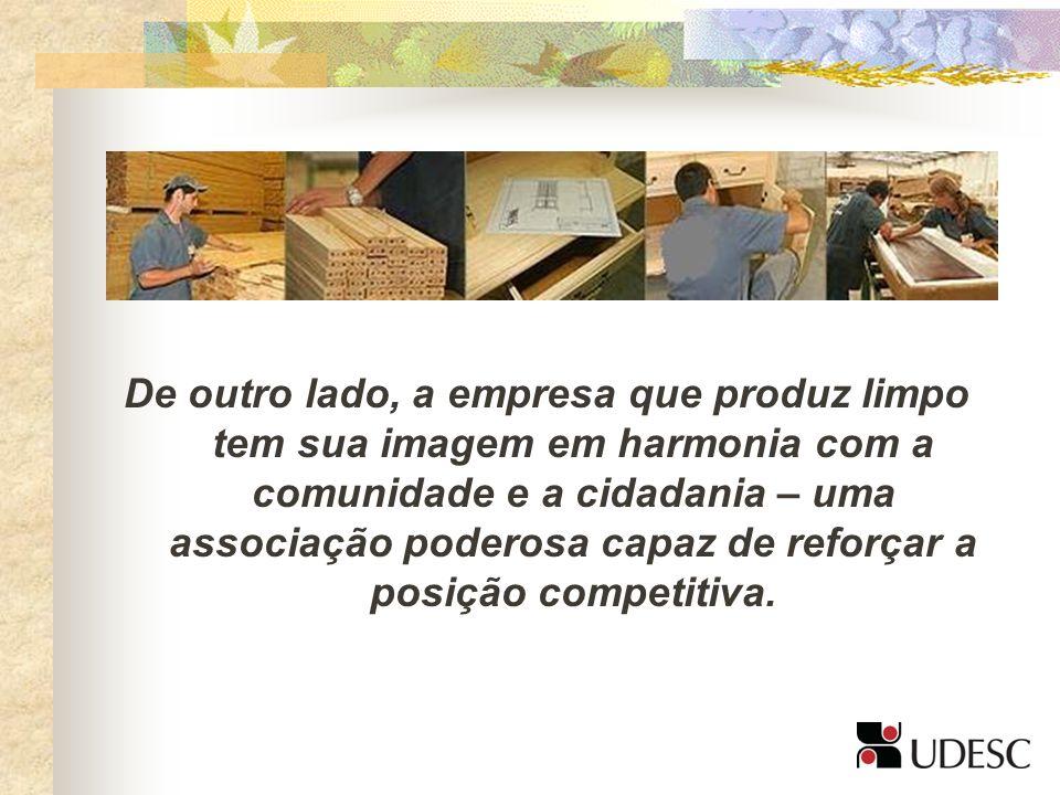 A responsabilidade é de todos os integrantes da empresa, tanto os que atuam internamente, como os que fazem parte da cadeia produtiva – de fornecedores a distribuidores – e até mesmo os clientes e a comunidade.