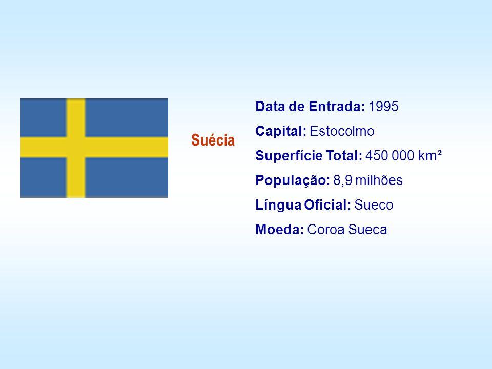 Suécia Data de Entrada: 1995 Capital: Estocolmo Superfície Total: 450 000 km² População: 8,9 milhões Língua Oficial: Sueco Moeda: Coroa Sueca