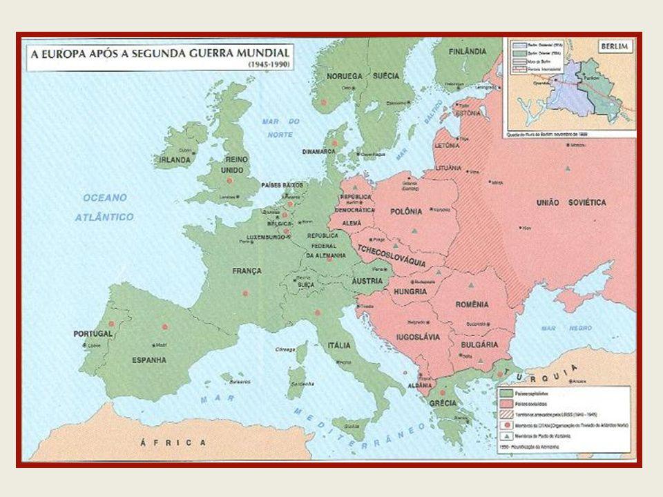 Era Kruschev (1953/1964) Denuncia os crimes de Stálin Coexistência Pacífica (Détente) Encontra-se com Kennedy Construção do Muro de Berlim (1961) 1962 Crise dos Mísseis Cubanos Corrida Espacial