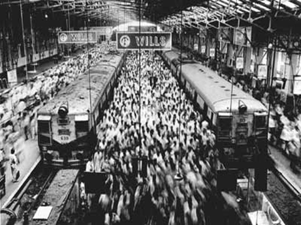 Tipos de movimentos migratórios: a)Migrações definitivas – o migrante permanece para sempre no local de destino. b)Migrações temporárias – período ind