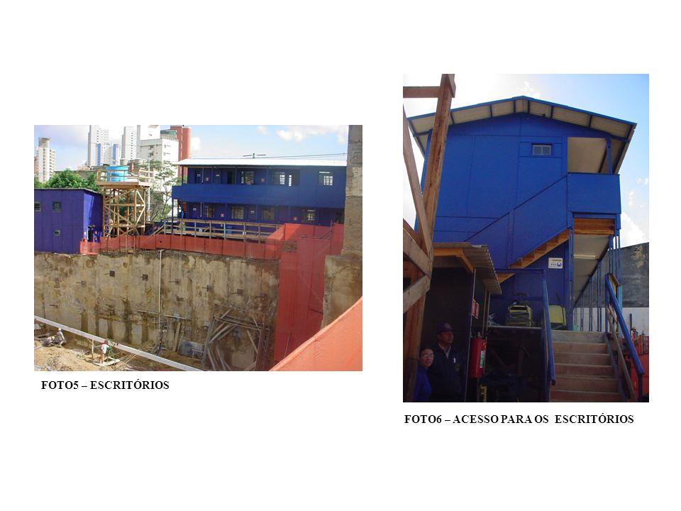 FOTO24 – LOCAÇÃO DOS LIMITES DA CONSTRUÇÃO COM TABEIRAS OU GABARITOS FOTO25 - LOCAÇÃO DOS LIMITES DA CONSTRUÇÃO COM TABEIRAS OU GABARITOS
