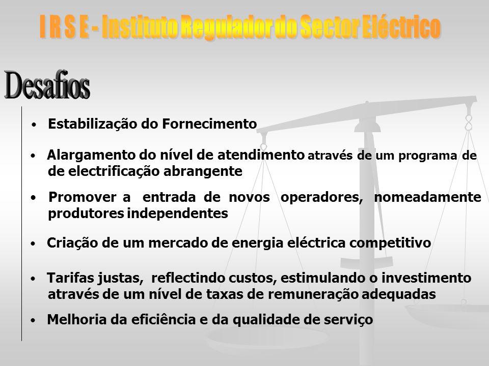 Alargamento do nível de atendimento através de um programa de de electrificação abrangente Promover a entrada de novos operadores, nomeadamente produt