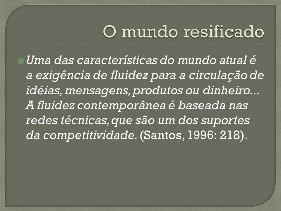 ...novas concepções, como as de territórios-rede e de redes regionais indicam não a simples superação de antigas realidades (que em muitos casos ainda permanecem) e dos conceitos que procuravam traduzí- las, mas a emergência concomitante de situações mais complexas e, em parte, ambivalentes (BAUMAN, 1999 apud HAESBAERT, 2002), em que o controle e os enraizamentos convivem numa mesma unidade com a mobilidade, a fluidez e os desenraizamentos.