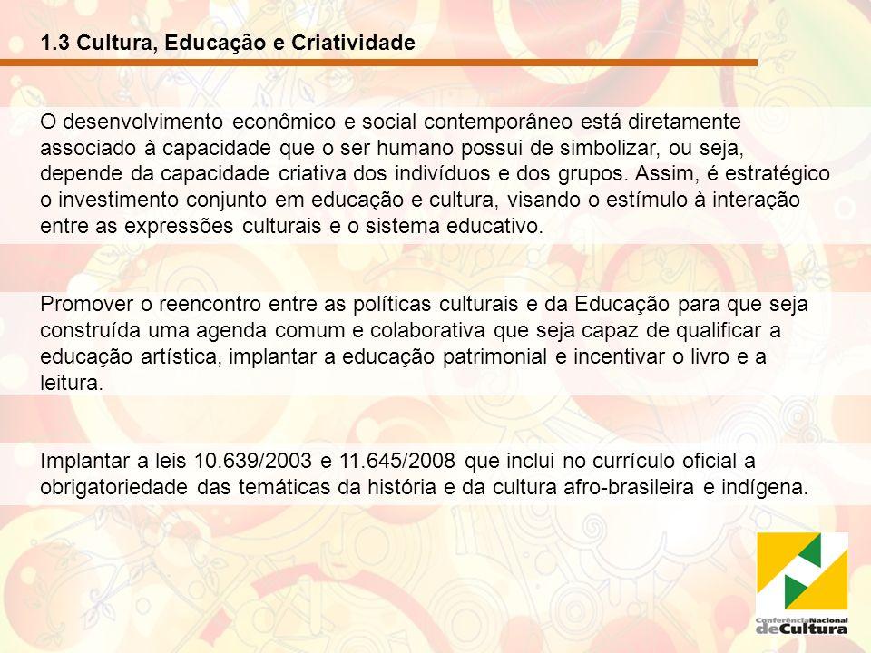 1.4 Cultura, Comunicação e Democracia As atividades relacionadas à informação estão adquirindo importância crescente no mundo atual, neste sentido, tão necessário quanto reatar o vinculo entre cultura e educação é integrar as políticas culturais e de comunicação.